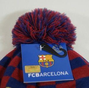 FC Barcelona Accessories - FC Barcelona Men's Pom Beanie